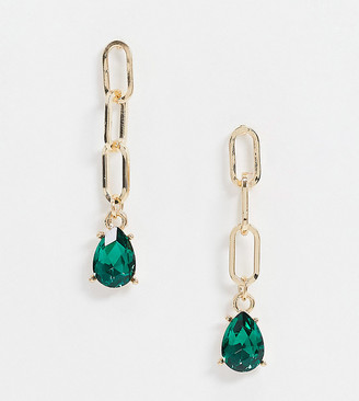DesignB London Exclusive earrings with chain link and green gem