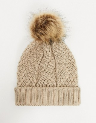 Boardmans darby cable knit hat with pom pom in oatmeal