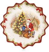 Villeroy & Boch Toy's Fantasy Santa's Gift Deep Pastry Plate
