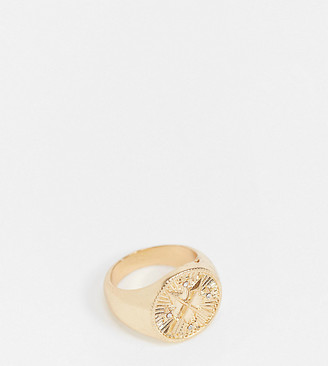 Reclaimed Vintage inspired arrow signet ring in gold