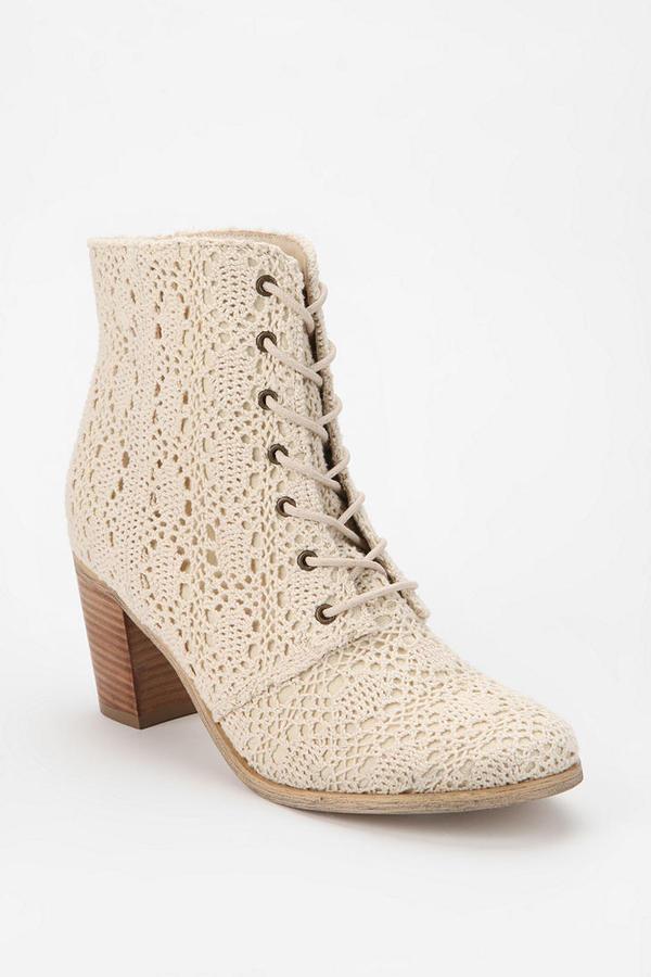 Kimchi & Blue Kimchi Blue Anita Crochet Ankle Boot