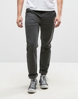 Farah Elm Chino in Slim Fit Gray