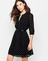 Yumi Belted Dress With 3/4 Sleeve In Star Foil Print