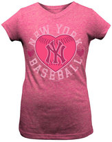 5th & Ocean Girls' New York Yankees Baseball Heart T-Shirt