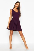 boohoo Vivy Scallop Plunge Skater Dress