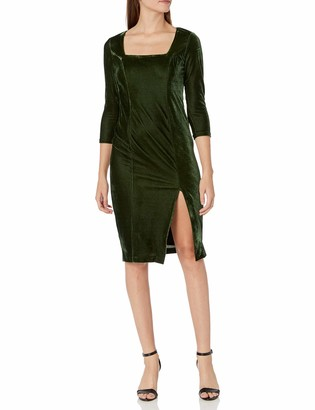 Donna Morgan Women's Stretch Velvet 3/4 Sleeve Square Neck Dress