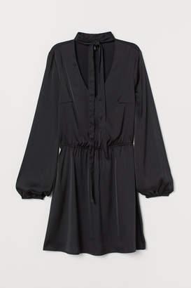 H&M Dress with Ties - Black