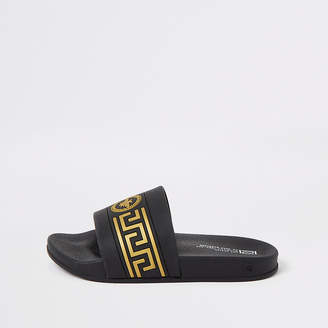 River Island Boys black wasp crest embossed sliders