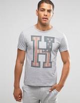 Tommy Hilfiger Logo Crew Neck T-Shirt In Regular Fit