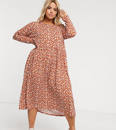 Wednesday's Girl Curve long sleeve midi smock dress in ditsy floral