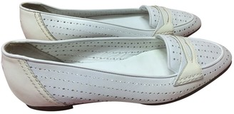 Chanel White Patent leather Ballet flats