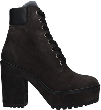 Janet Sport Ankle boots