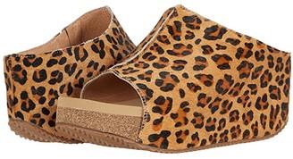 Volatile Collette (Tan/Leopard) Women's Shoes