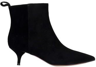 L'Autre Chose Low Heels Ankle Boots In Black Suede