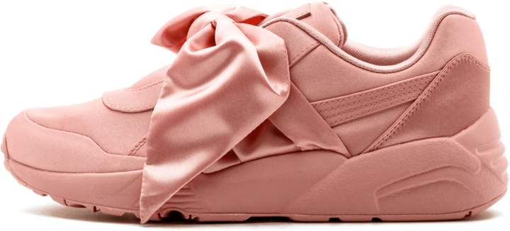 uk availability ee841 b8bff Rihanna Fenty Bow Sneaker Women - Size 9.5W