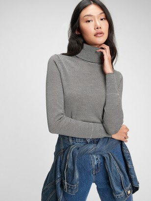 Gap Merino Turtleneck Sweater