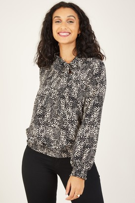 Yumi Black Abstract Tie Blouse
