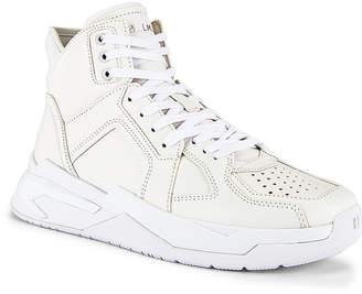 Balmain B-Ball Leather Sneaker in Blanc & Black Optique | FWRD