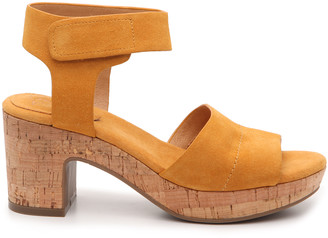 Crown Vintage Women's Sewnja Platform Sandals Afternoon Su Size 5 Suede From Sole Society