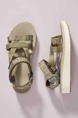 Teva Arivaca Sandals By in Beige Size 6