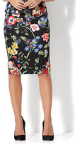 New York & Co. 7th Avenue - Pull-On Pencil Skirt - Black Floral - Petite