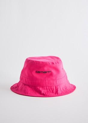 Carhartt WIP Men's Script Bucket Hat in Ruby Pink/Black, Size Large/XL | 100% Cotton