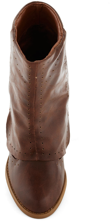 Follow in Your Footsteps Boot in Brown