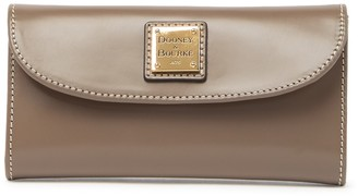 Dooney & Bourke Selleria Leather Continental Clutch