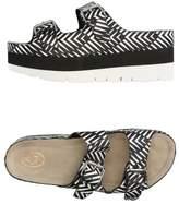 Ash Toe post sandal
