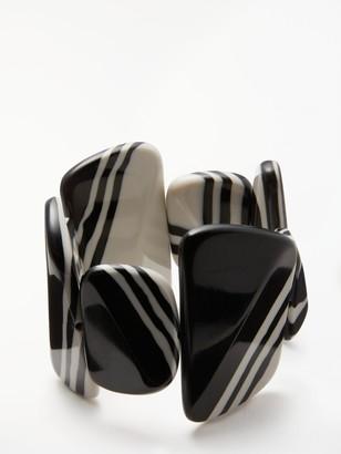 One Button Stripe Asymmetric Pebble Stretch Bracelet, Black/White