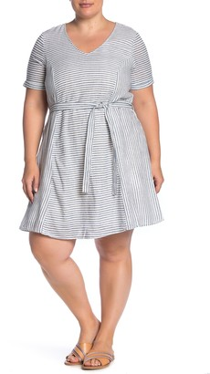 Junarose Jralexandra Stripe Print Tie Waist Dress (Plus Size)