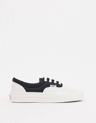Vans Anaheim Era 95 DX trainers in white/black