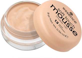 Essence Soft Touch Mousse Make-Up 16G 13 Matt Porcelain