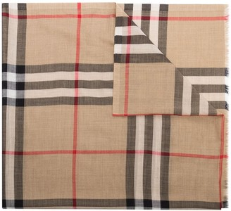Burberry Giant Vintage Check scarf