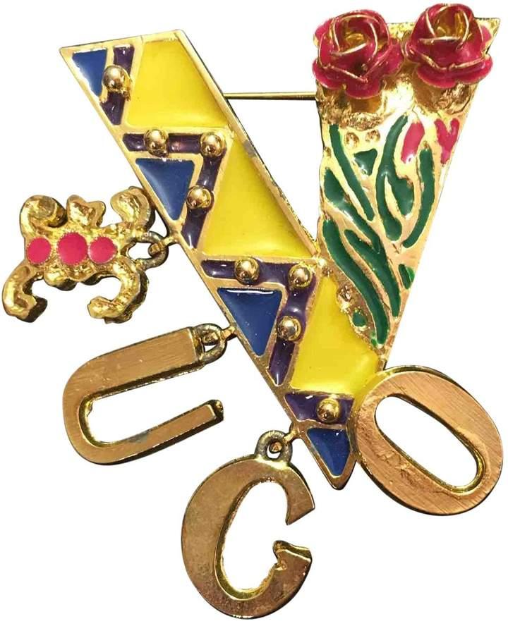 Gianni Versace Pin & brooche