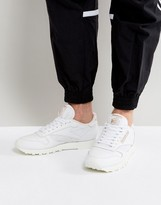 Reebok Classic Leather ALR Sneakers In White BS5241