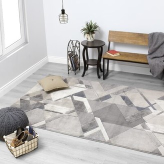 Amalfi by Rangoni Ivy Bronx Triangle Gray/Silver Area Rug Ivy Bronx Rug Size: Rectangle 5'1'' x 7'7''