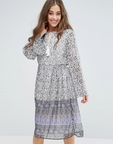 Vero Moda Stella Ditsy Floral Print Midi Dress
