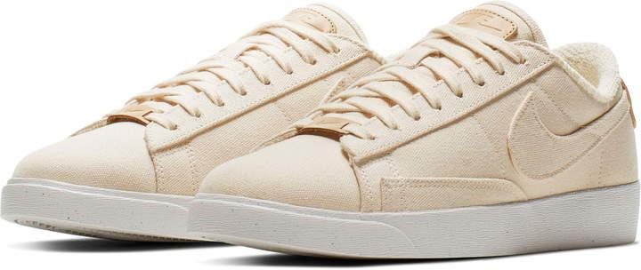 new product e1bd6 2b4f6 Blazer Low LX Sneaker