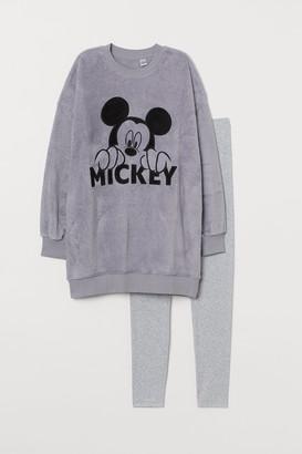 H&M Fleece and jersey pyjamas