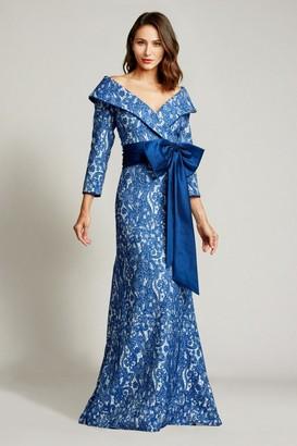 Tadashi Shoji Sleeve Wide V-Neck Gown