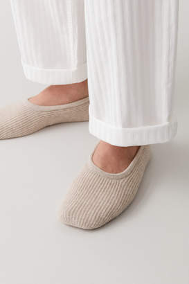 Cos RIBBED CASHMERE SLIPPERS