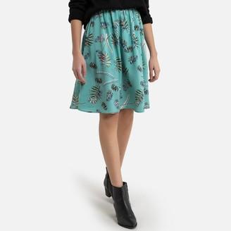 Molly Bracken Shirred Knee-Length Skirt in Leaf Print