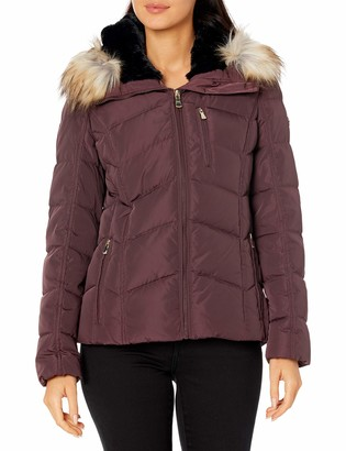 Calvin Klein Women's chevron quilted short down coat