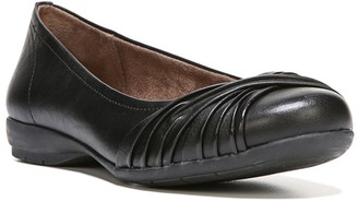 Soul Naturalizer Girly Twist Detail Flat - Wide Width Available
