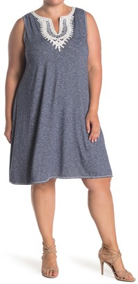 Max Studio Crochet Trim Sleeveless Shift Dress (Plus Size)
