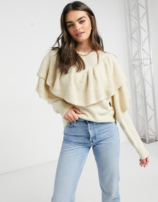 Vila ruffle detail jumper in cream