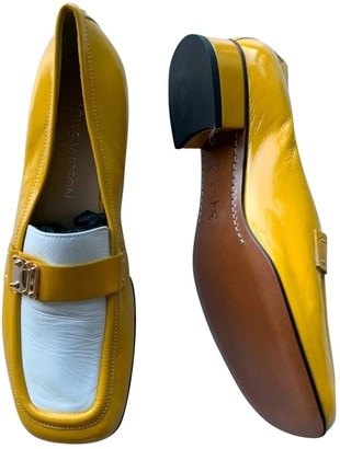 Louis Vuitton Yellow Patent leather Flats