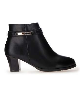 Cushion Walk Trim Ankle Boots E Fit