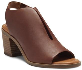 Rhazy Slingback Heel